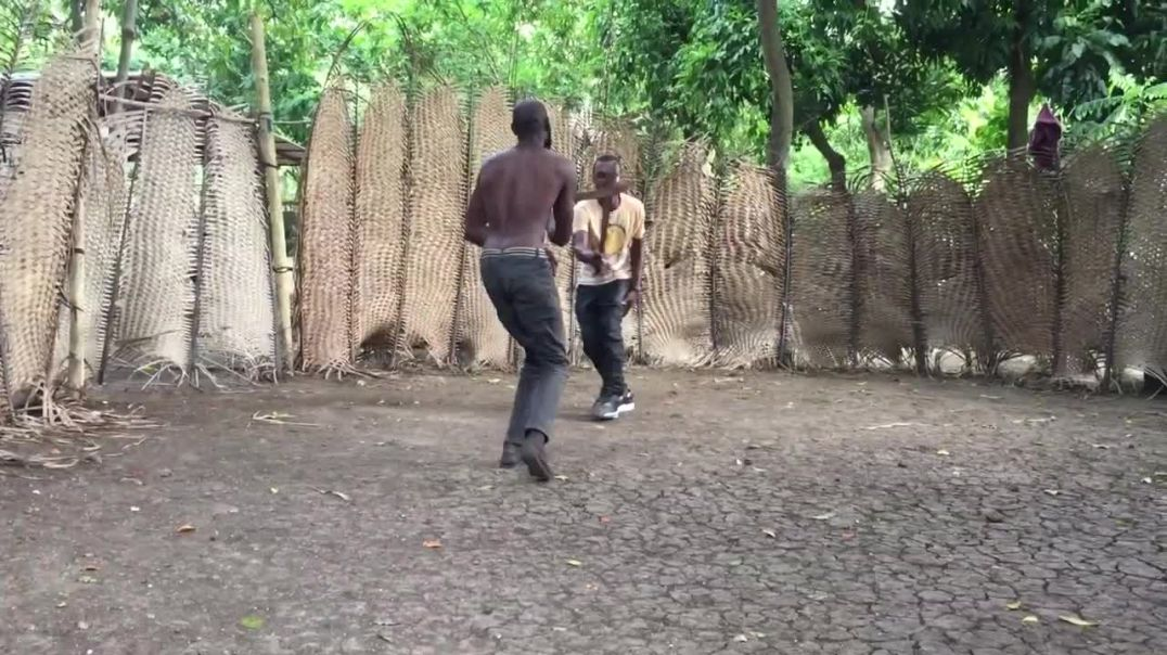 Jean-Paul training with Wisler ~ Haitian Machete Fencing (Summer 2018)