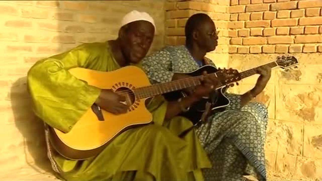Boubacar Traoré   Ali Farka Touré  -Duna Ma Yelema-