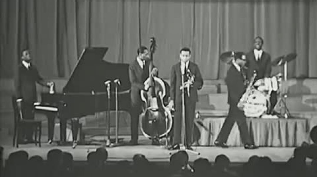 Art Blakey and The Jazz Messengers - A Night In Tunisia-