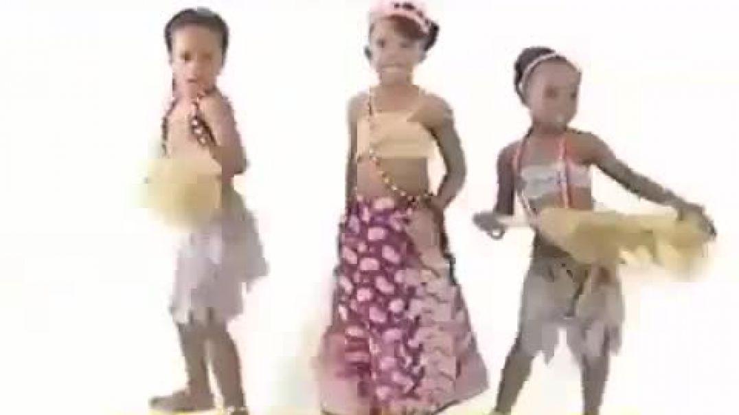 Igbo children dance