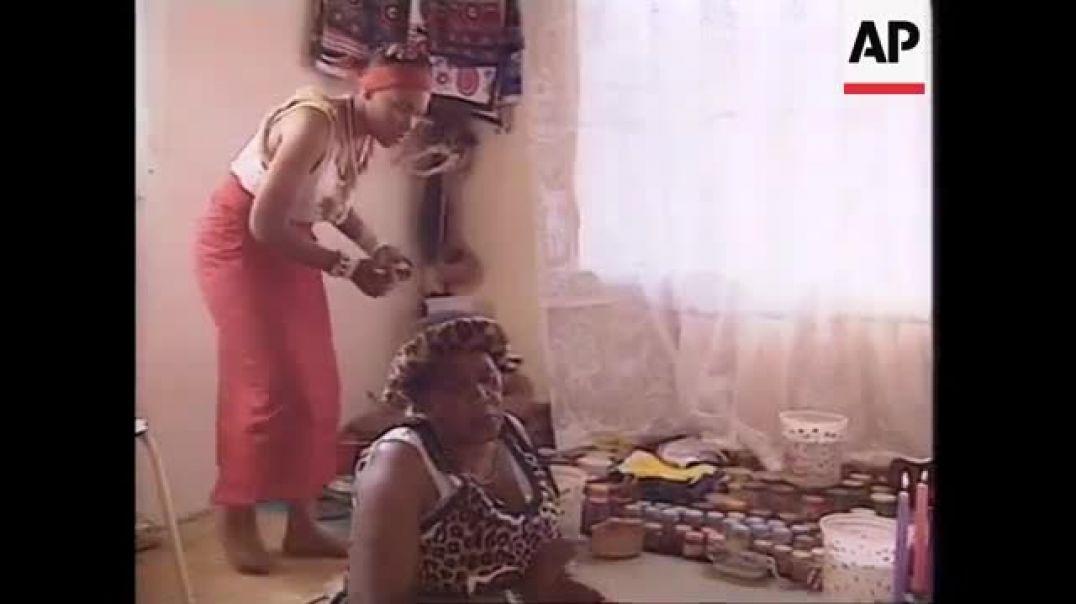 Soweto Sangoma - FORTUNE TELLERS