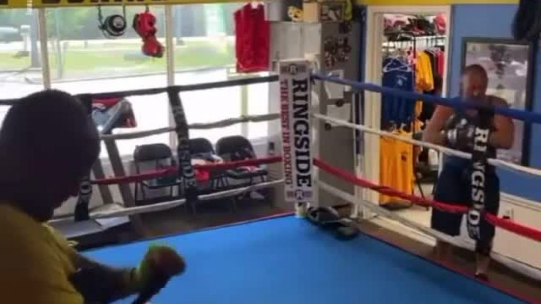 Guy walked into gym and challenge ex-boxer
